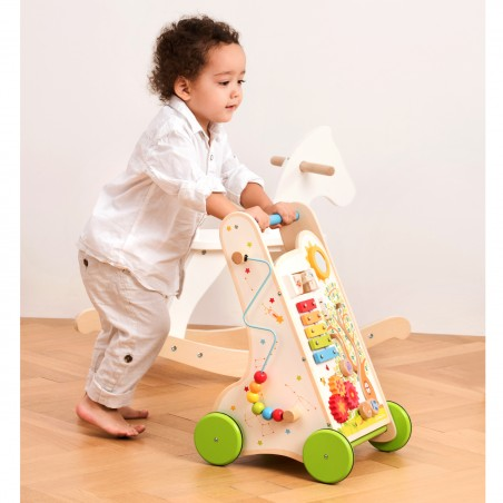 New Classic Toys Dřevěné chodítko plné aktivit