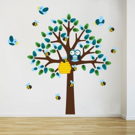 Strom a včeličky